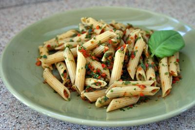 Vegan Roasted Red Pepper Pesto Pasta