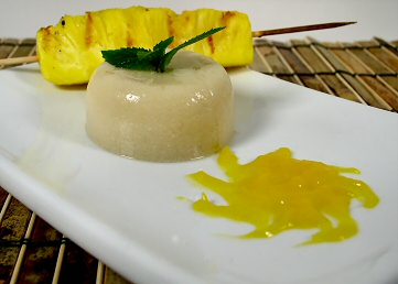 Jelly with Grilled Pineapple and Mango Puree