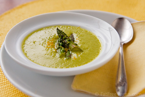 Roasted Asparagus Soup: A low-fat, vegan asparagus soup