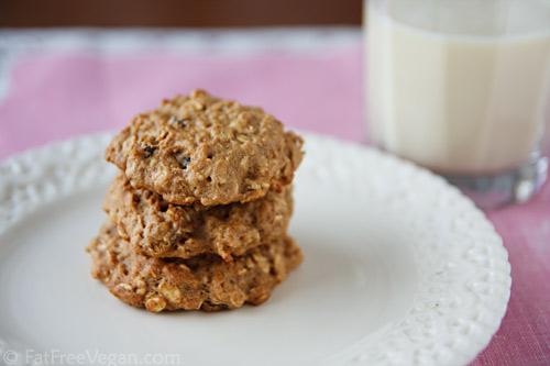 Banana-Maple Oatmeal Cookies