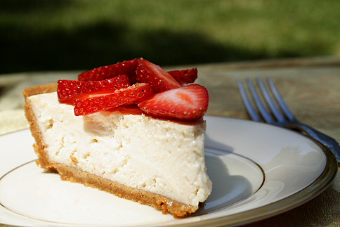 Delicious Vegan Cheesecake Topped with Strawberries
