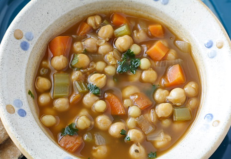 chickpea soup with moghrabieh