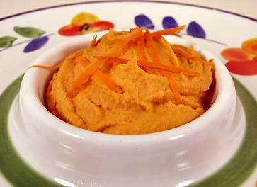 Shiny Happy Carrot Hummus