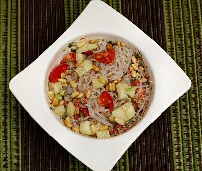 Shirataki Nooles with Tomato Pesto