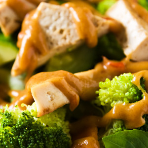 Tofu and Vegetables with Lower-Fat Thai Peanut Sauce