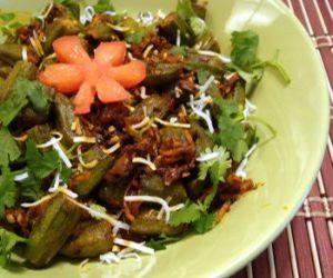 Stir-Fried Okra with Peanuts and Coconut (Bhindi Masala)