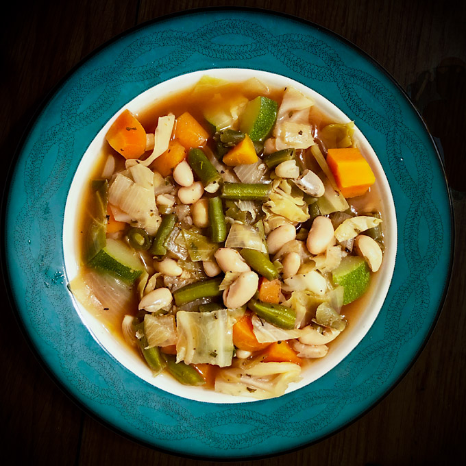 Fat Free Vegan Kitchen: Garden Vegetable And Bean Soup