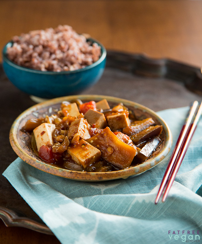 Fat Free Vegan Kitchen: Eggplant And Tofu In Spicy Garlic Sauce
