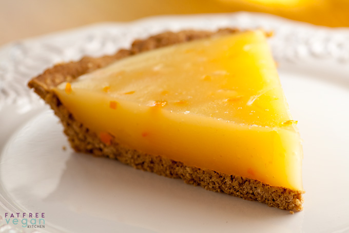 Calamondin (or Lemon) Pie with Fat-free Oatmeal Cookie Crust