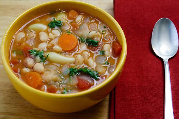 White Bean and Garlic Stew