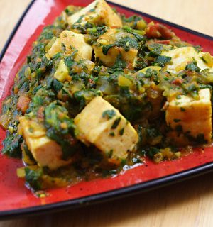 Palak Tofu (Tofu in Curried Spinach Sauce)
