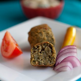 Baked Spinach Kofta with Cucumber-Yogurt Sauce