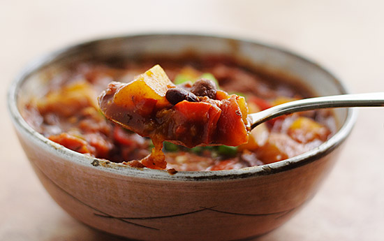Gold Rush Chili: Vegan, low-fat chili with black beans and butternut squash