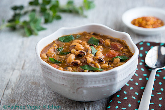 Spicy Collards and Black-eyed Peas Soup