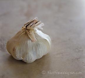 Garlic Broth in the Pressure Cooker: A Pictorial Recipe
