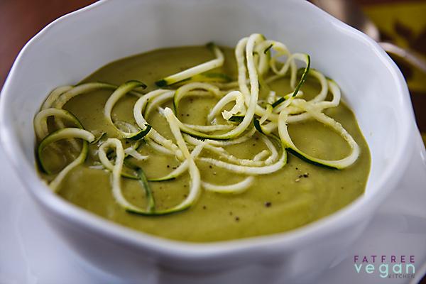 Creamy Zucchini and Basil Soup