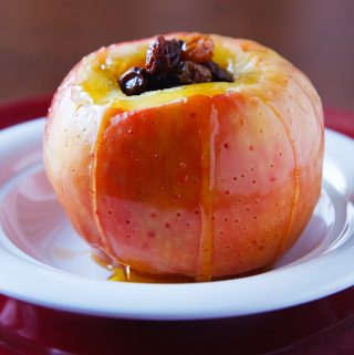 Microwaved Baked Apple with Raisins
