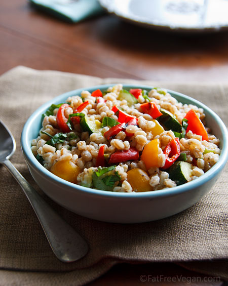 Farro Salad with Tomatoes and Grilled Zucchini | Recipe from FatFree ...