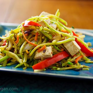 Broccoli Slaw Stirfry with Tofu