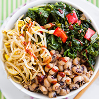 Korean Black-eyed Peas and Kale Bowl