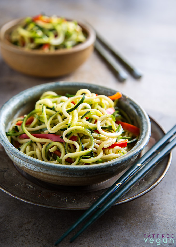 Zucchini Noodles with Sesame Peanut Sauce