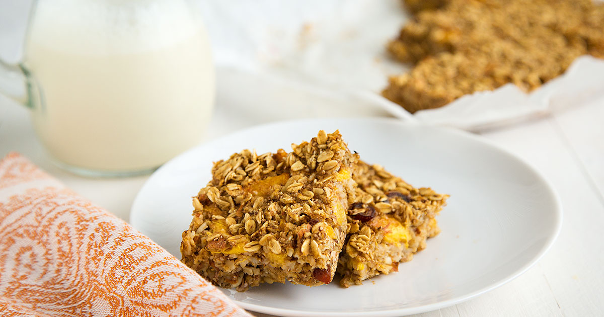 Peach Oatmeal Bars Recipe