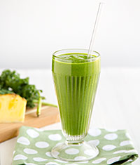 Kale-Powered Tropical Smoothie
