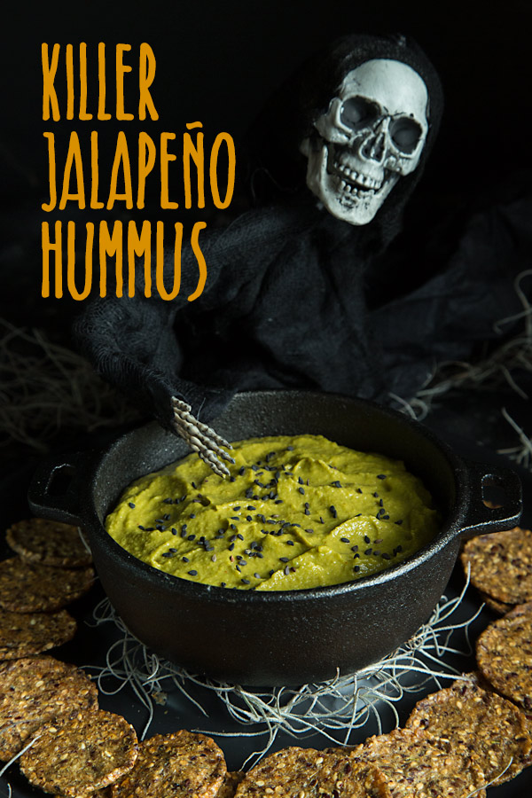 Killer Jalapeño Hummus: Give your Halloween party a killer kick with this spicy, green hummus. #vegan #halloween #wfpb