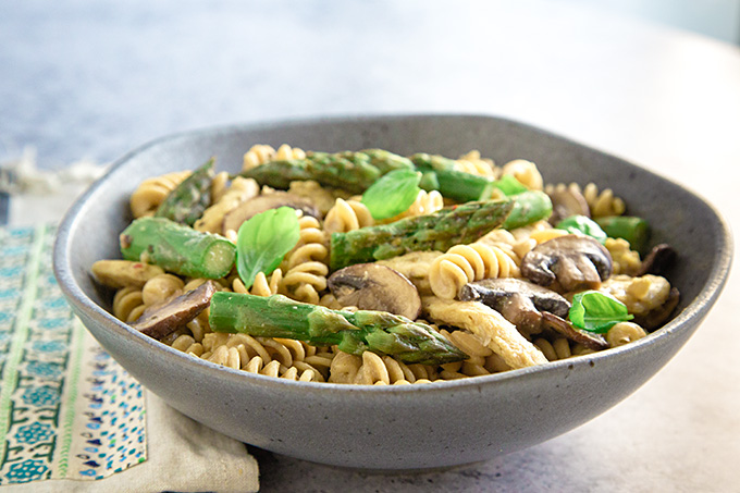 Vegan Asparagus and Mushroom Pasta